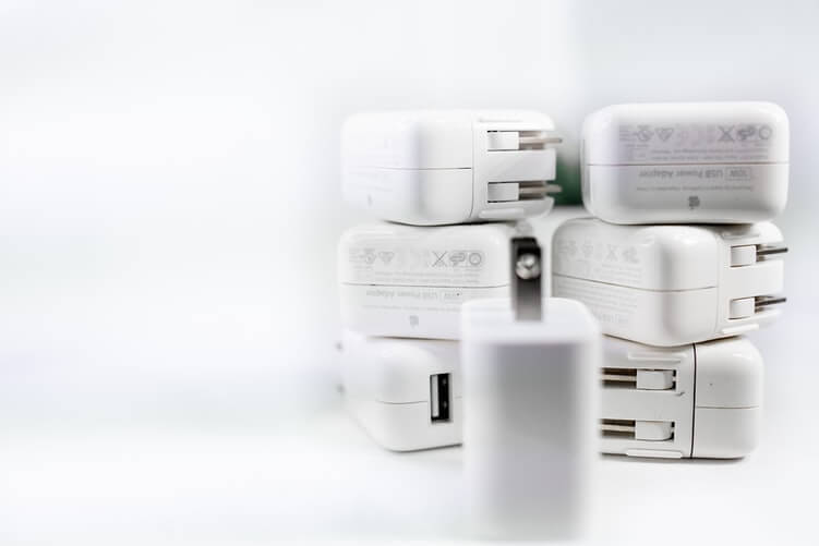 Use certified Chargers only for iPhone to solve overheating problem