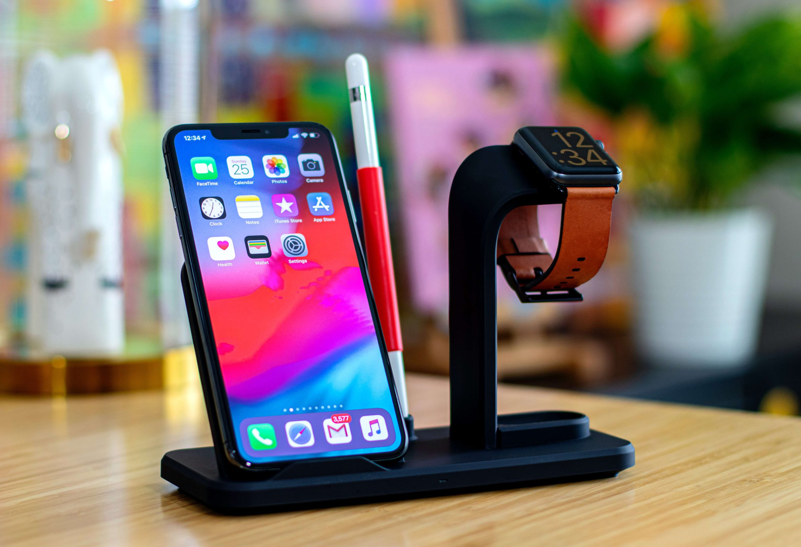 Which iPhones have wireless charging